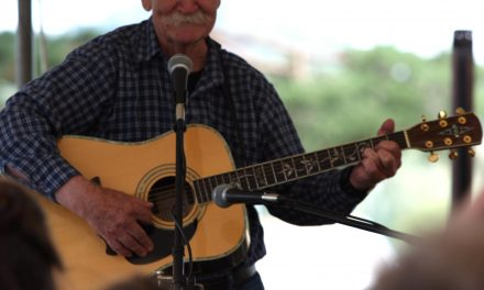Bill Smith will entertain at the library