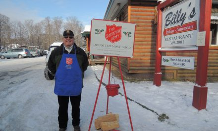 Kiwanis and Knights of Columbus assists Salvation Army