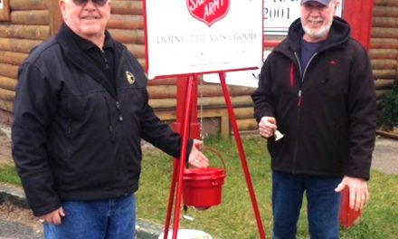 Kiwanis and Knights of Columbus assist Salvation Army