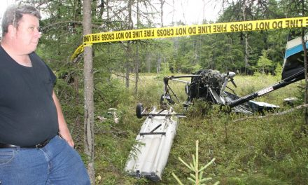 Plane crashes in First Lake
