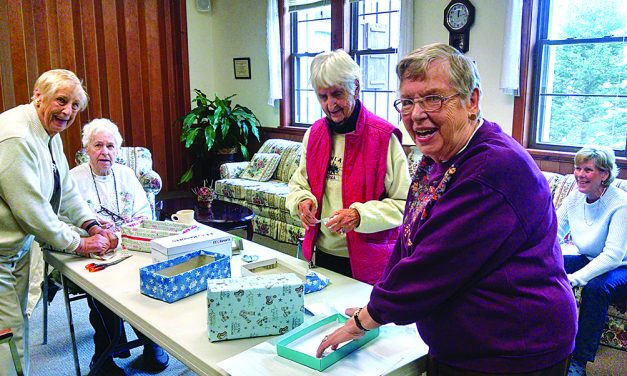 Niccolls congregation will assemble gift boxes
