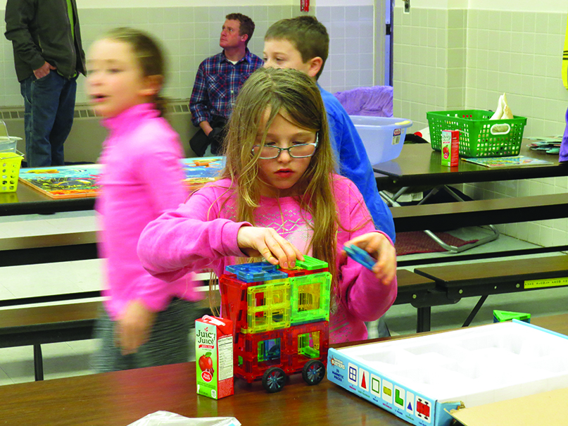 Webb students participate in Buddy Reader Night