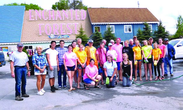 17th annual Kiwanis And Key Club Free Car Wash cleans over 100 cars