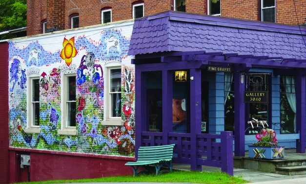 Mural decorates downtown
